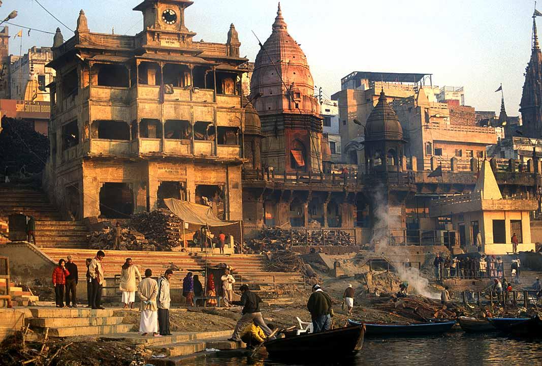 Varanasi_cremation