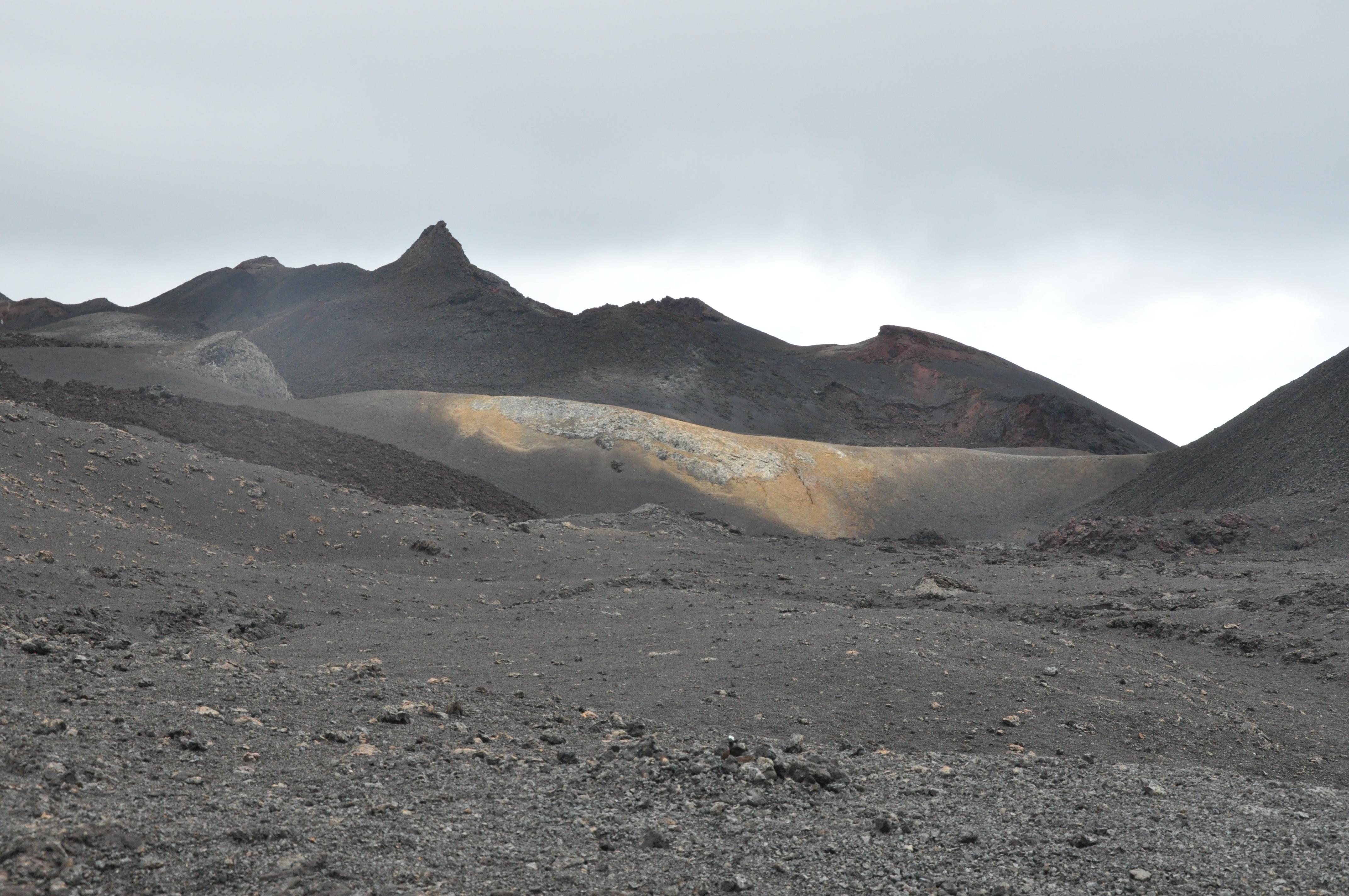 Vulcan Chico -Galapagos