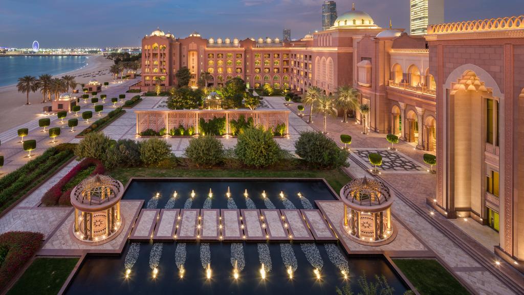 Abu Dhabi_Emirates Palace