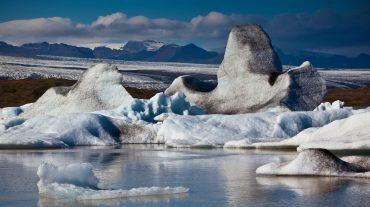 Islanda, l'isola delle meraviglie sotto l'aurora